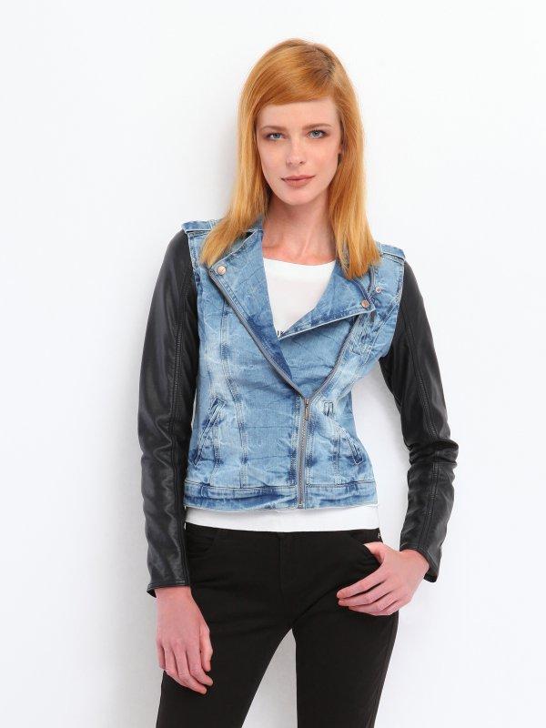 Τζιν biker jacket με μανίκια από οικολογικό δέρμα. Συλλογή: Φθινόπωρο-Χειμώνας 2014 . Χρώμα: μπλε / Σύνθεση : 2% ELASTAN,98% ΒΑΜΒΑΚΙ Το μοντέλο είναι 180 εκ. και μέγεθος 36 - Δωρεάν Αλλαγή σε περίπτωση που δεν σας κάνει το μέγεθος. - Παράδοση 7-10 εργάσιμες ημέρες μετά την παραγγελία σας