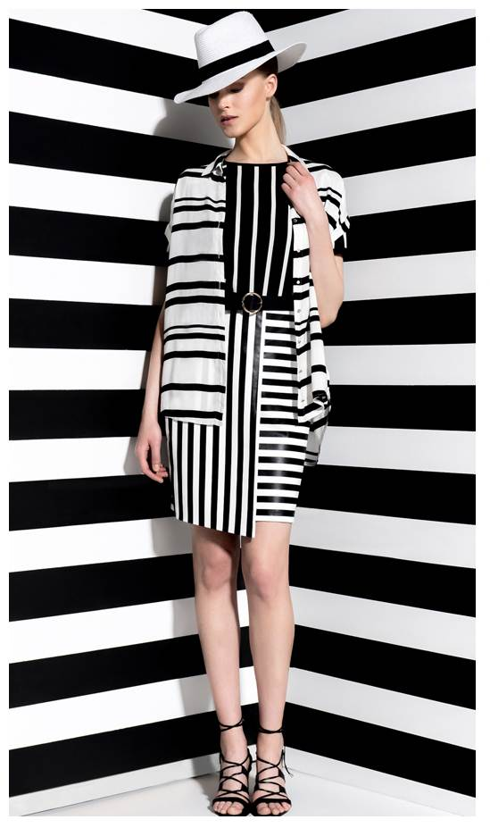 Ο συνδυασμός του λευκού με το μαύρο πάνω στο ίδιο ριγέ μοτίβο είναι μια all time classic επιλογή